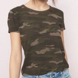 Garage Camo Cropped T-shirt